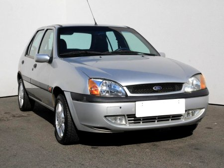 Ford Fiesta, 2001