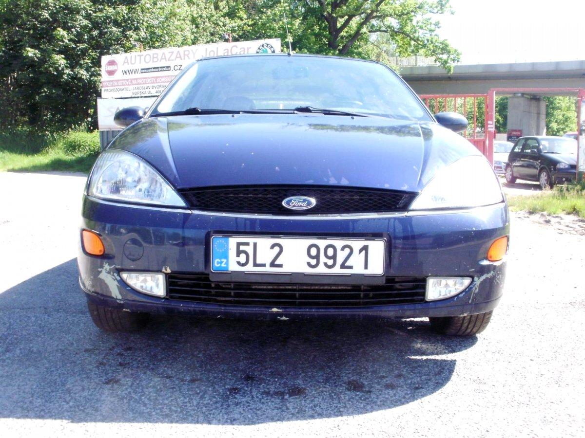 Ford Focus, 2000 - celkový pohled