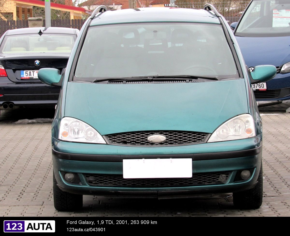 Ford galaxy 2001 pohled 2
