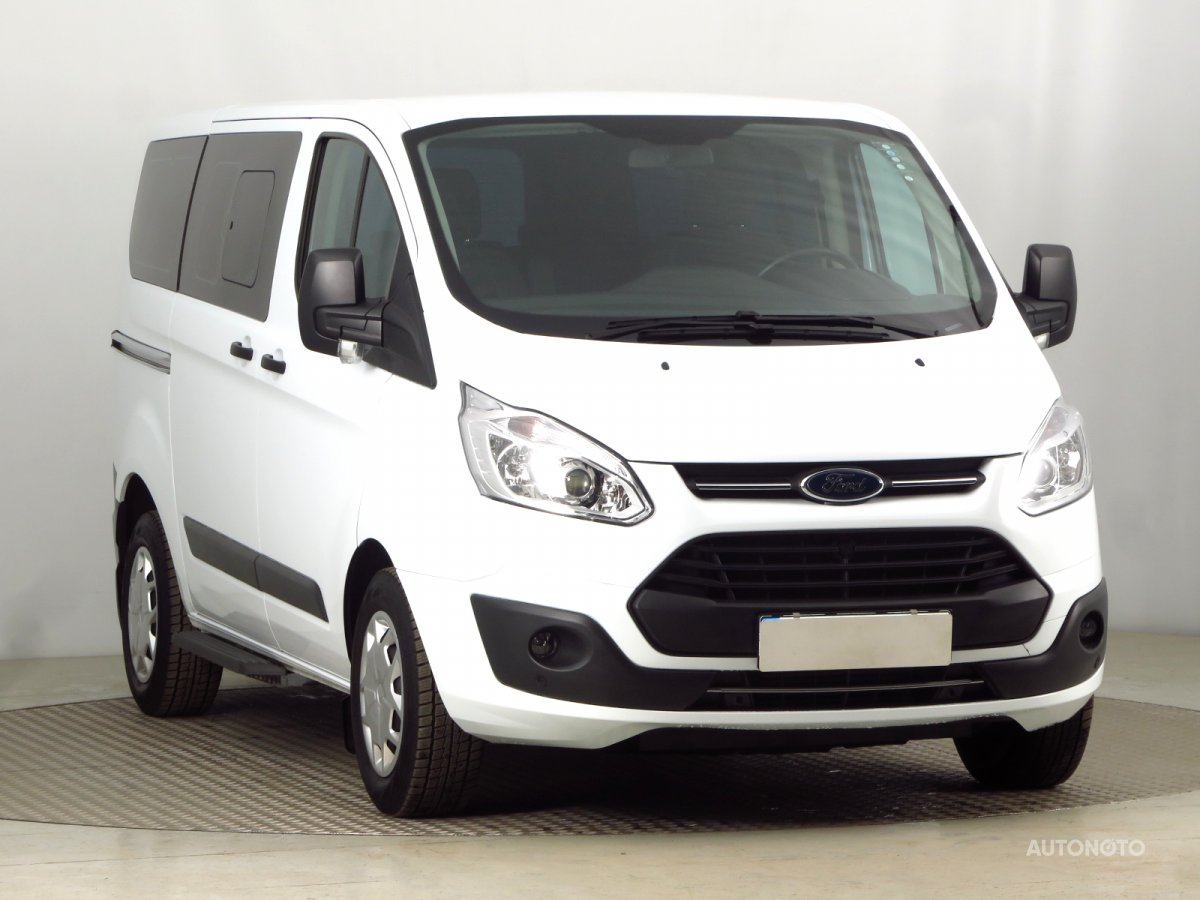 Ford Tourneo Custom, 2017 - celkový pohled