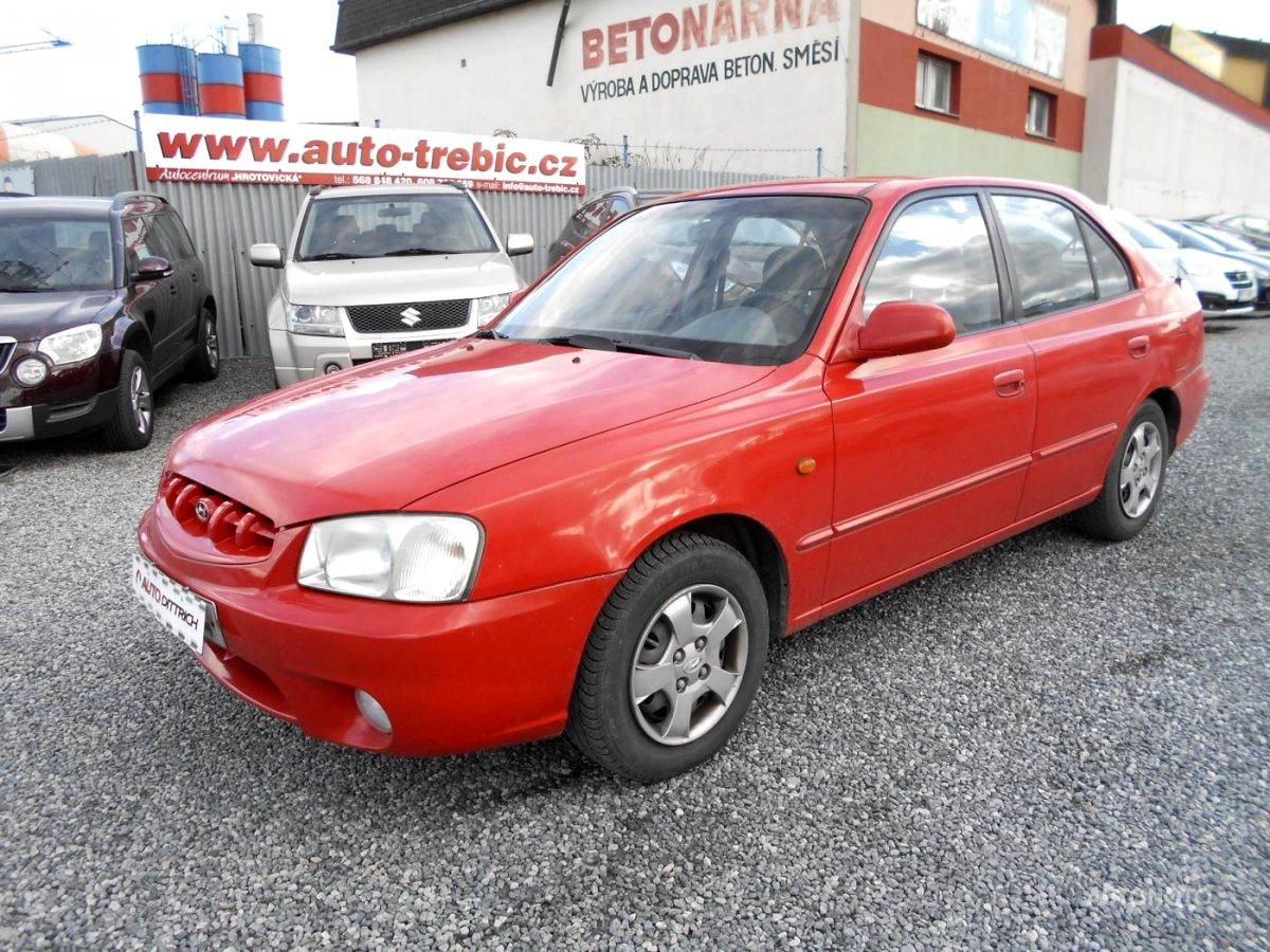 Hyundai Accent, 2000 - celkový pohled