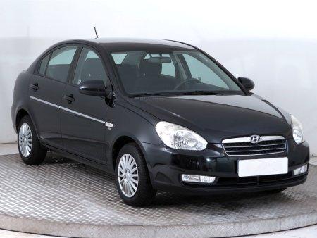 Hyundai Accent, 2010