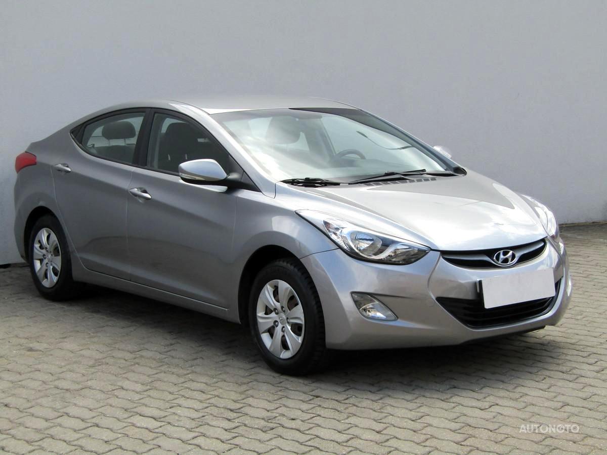 Hyundai Elantra, 2013 - celkový pohled