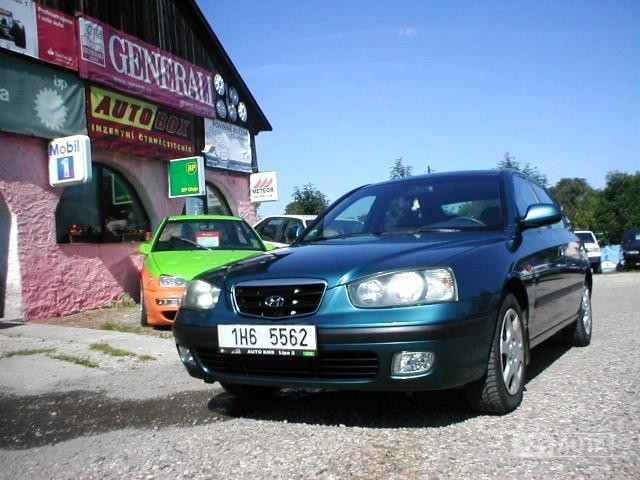 Hyundai Elantra, 2002 - celkový pohled