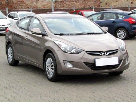 Hyundai Elantra, 2012