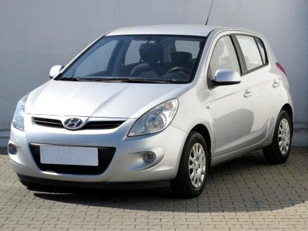 Hyundai i20, 2010 - pohled č. 3