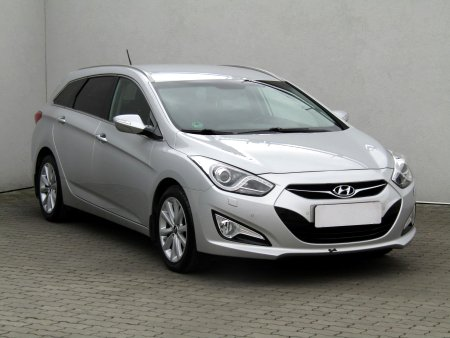 Hyundai i40, 2013