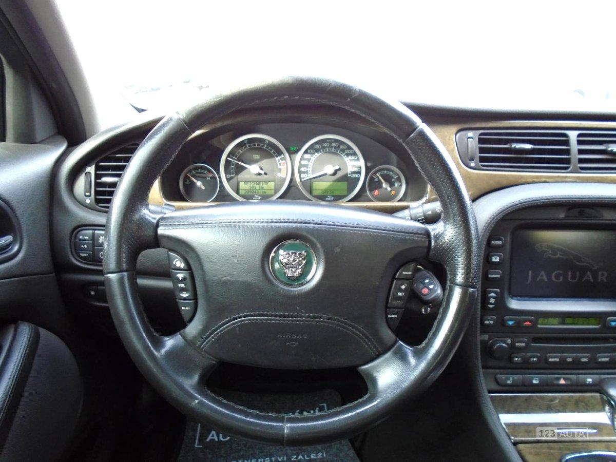 Jaguar S-Type, 2004 - pohled č. 11