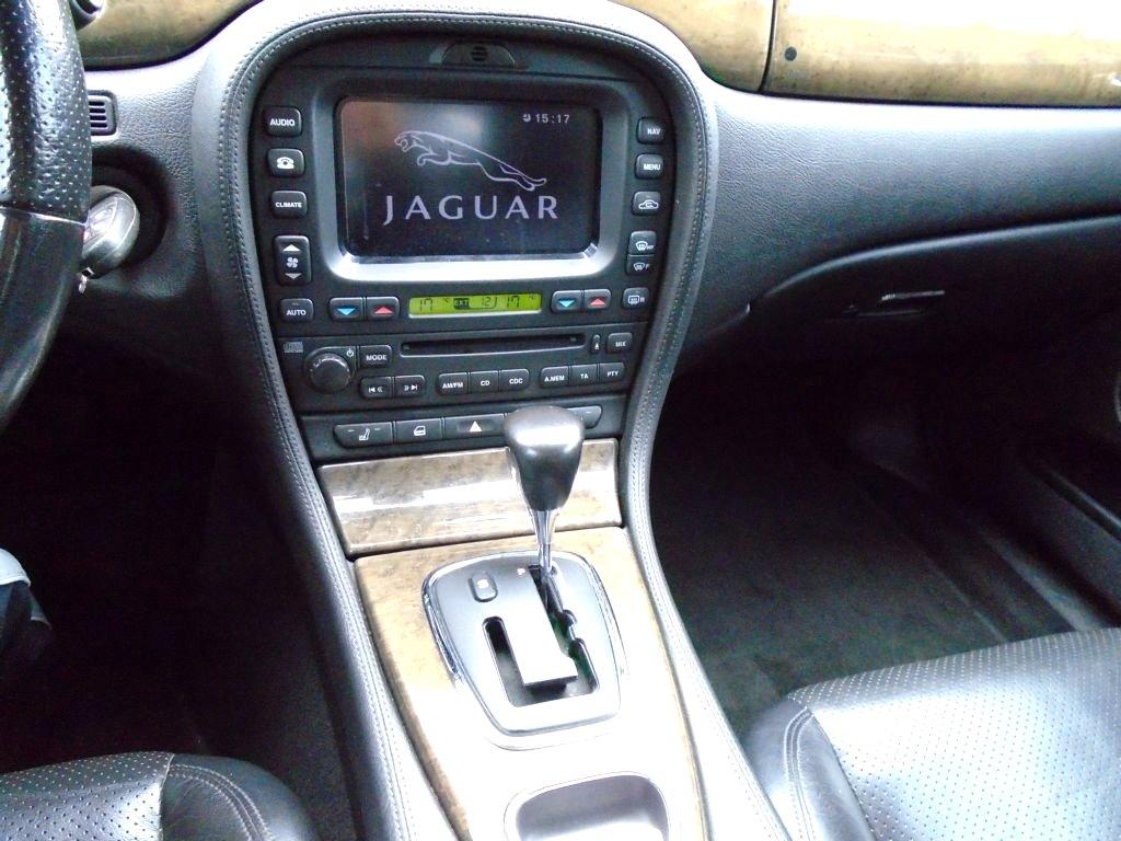 Jaguar S-Type, 2004 - pohled č. 13