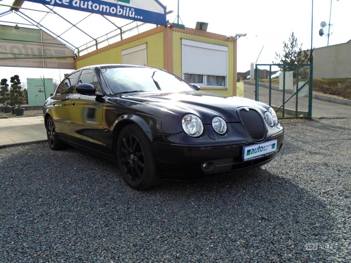 Jaguar S-Type, 2004 - pohled č. 3