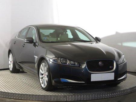 Jaguar XF, 2015
