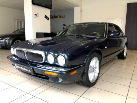 Jaguar XJ8, 1999
