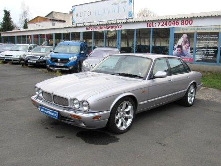 Jaguar XJR, 2000