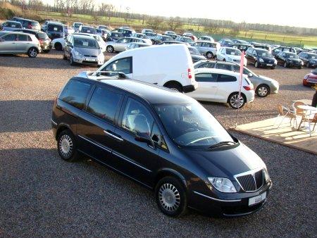 Lancia Phedra, 2004