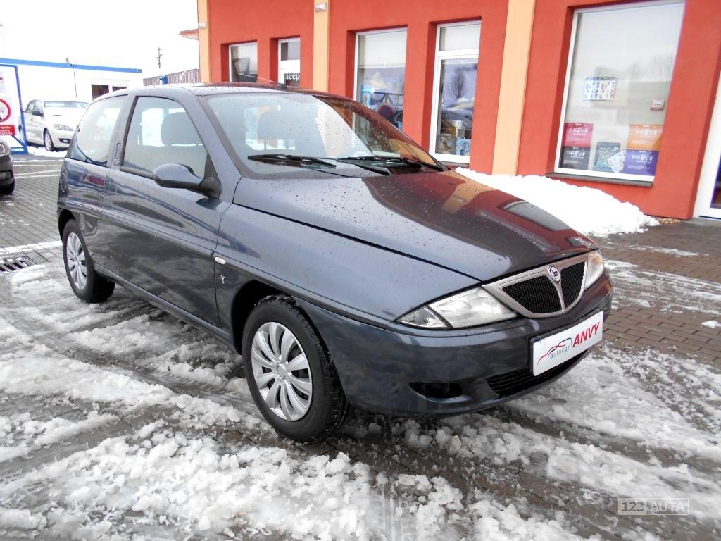 Lancia Y, 2002 - celkový pohled