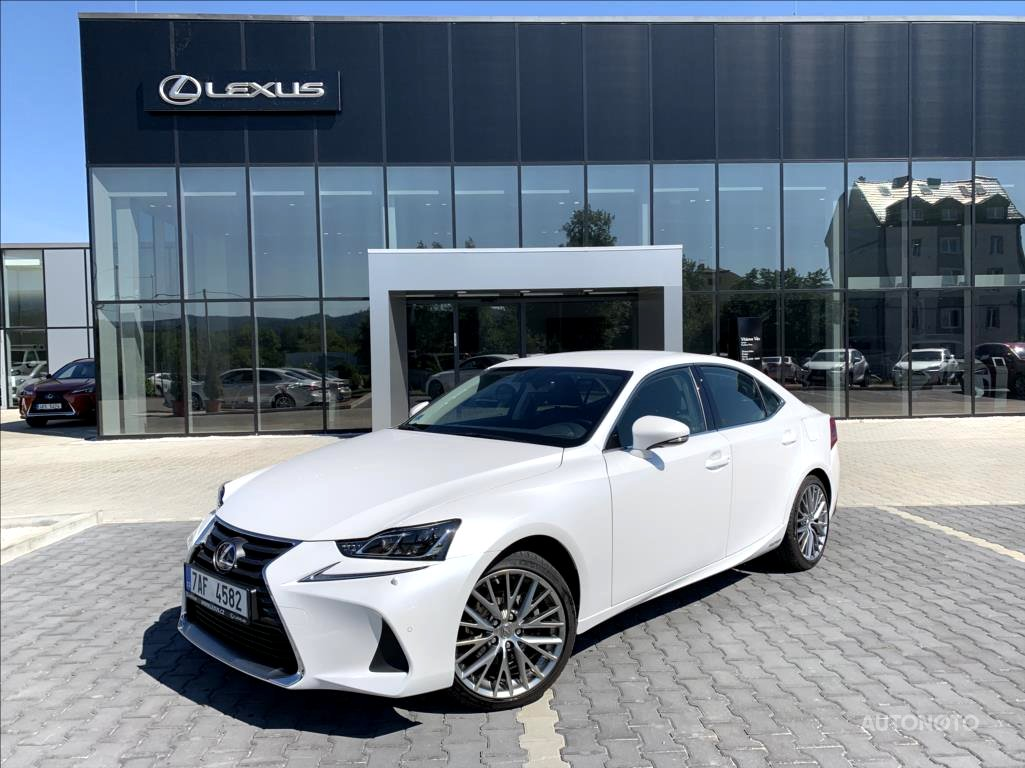Lexus IS 300, 2018 - celkový pohled