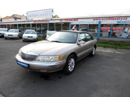 Lincoln Continental, 2002