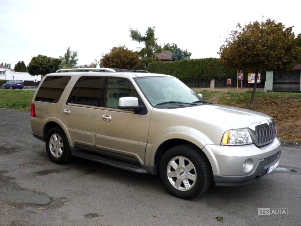 Lincoln Navigator, 2004 - celkový pohled