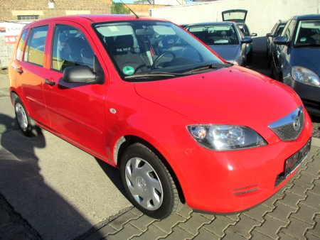 Mazda 2, 2005