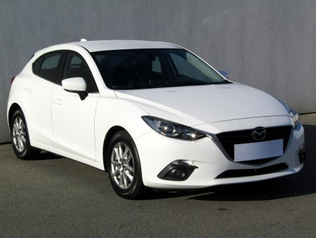 Mazda 3, 2015