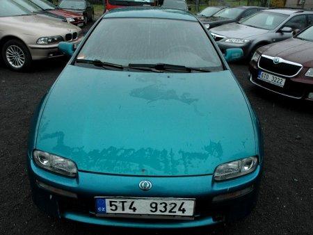 Mazda 323, 1995