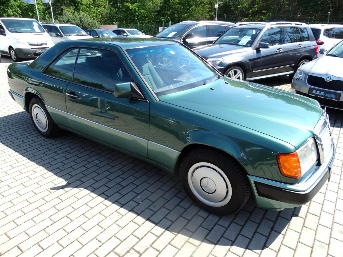 Mercedes-Benz 124, 1991 - celkový pohled