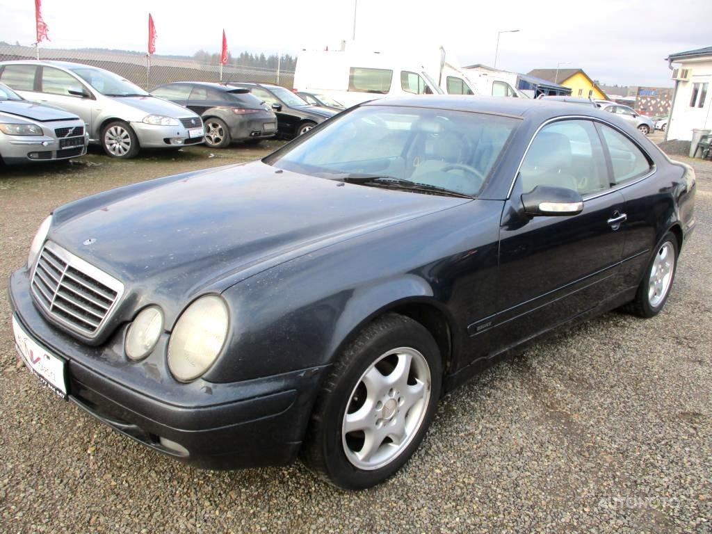 Mercedes-Benz CLK, 2000 - celkový pohled