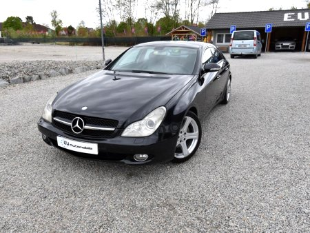 Mercedes-Benz CLS, 2004