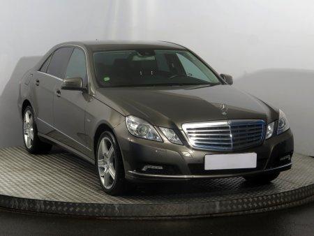 Mercedes-Benz E, 2009