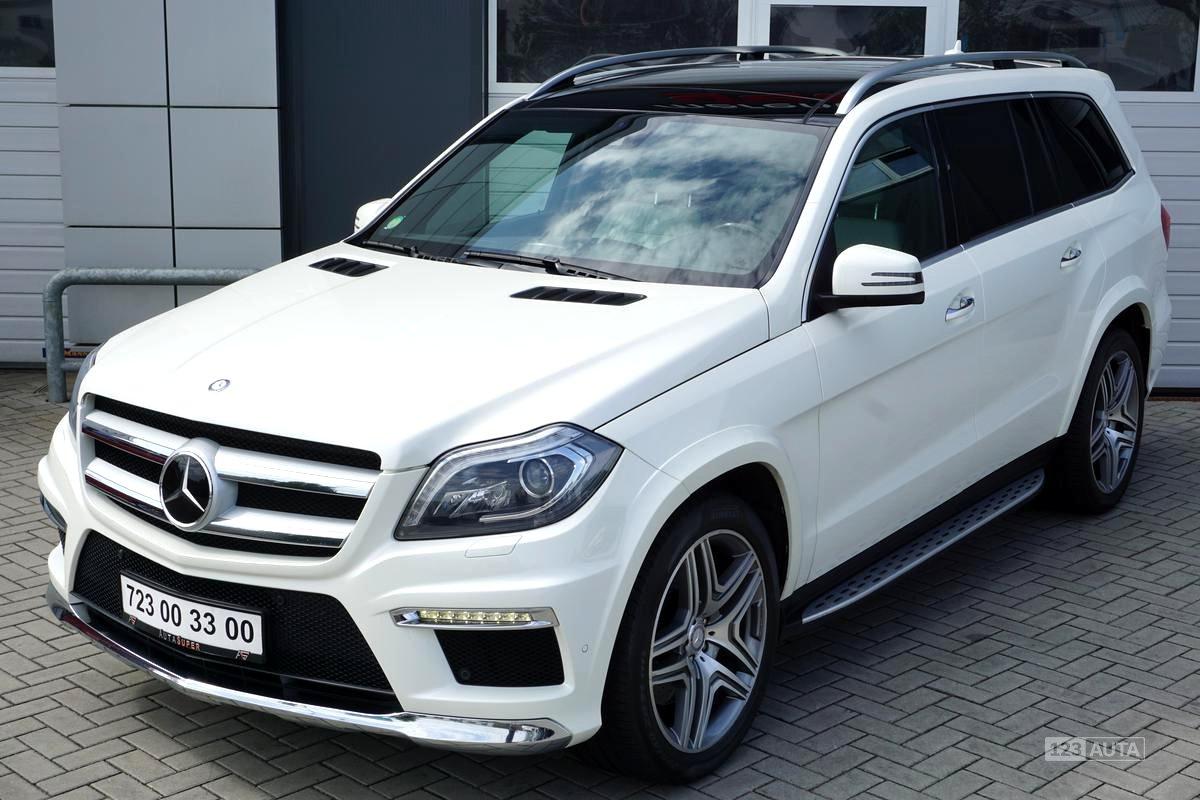 Mercedes-Benz GL, 2013 - celkový pohled