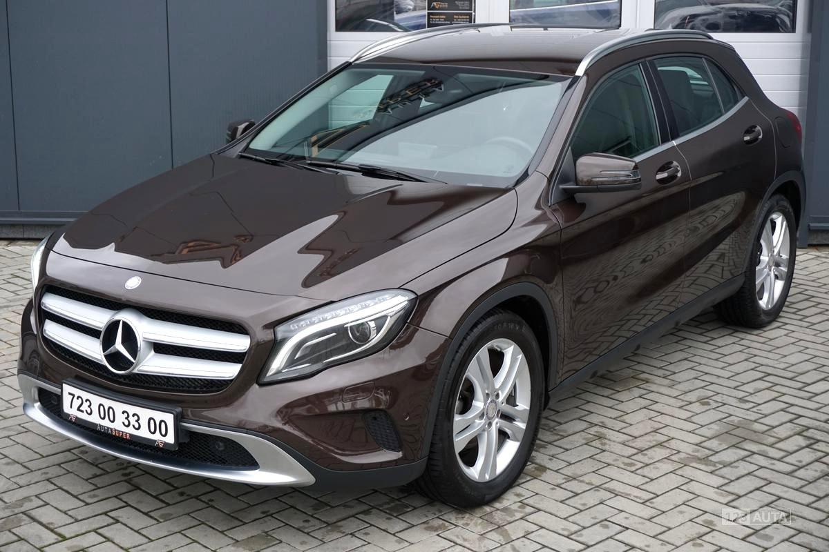 Mercedes-Benz GLA, 2014 - celkový pohled