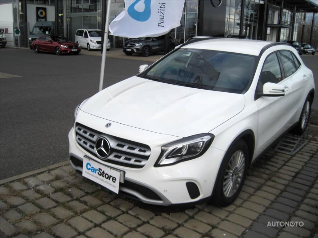 Mercedes-Benz GLA, 2018 - celkový pohled
