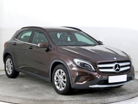 Mercedes-Benz GLA, 2016