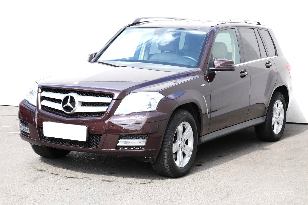 Mercedes-Benz GLK, 2011 - pohled č. 3