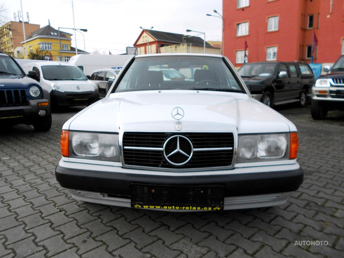 Mercedes-Benz Ostatní, 1990 - celkový pohled