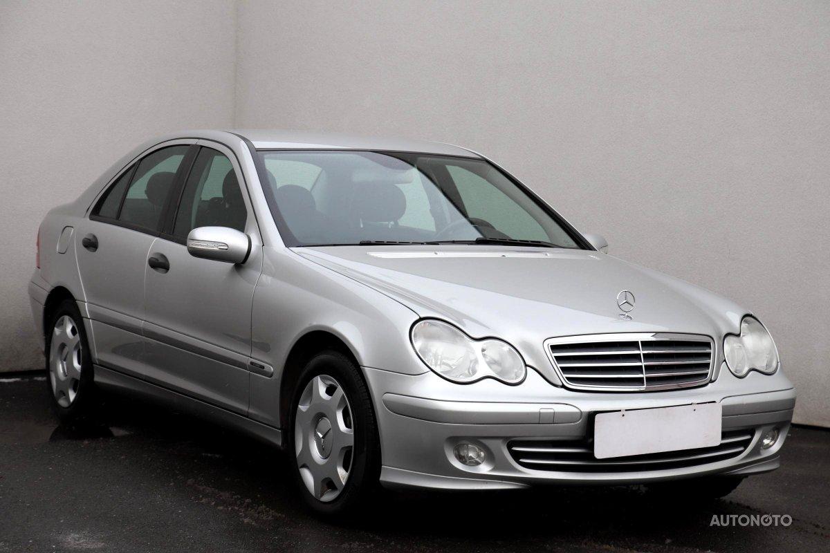 Mercedes-Benz Třídy C, 2005 - celkový pohled
