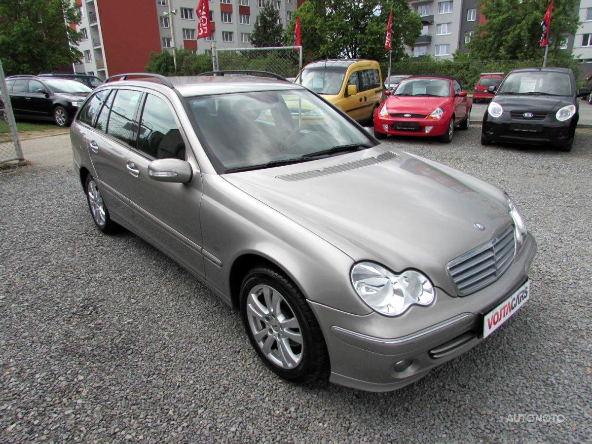 Mercedes-Benz Třídy C, 2006 - celkový pohled