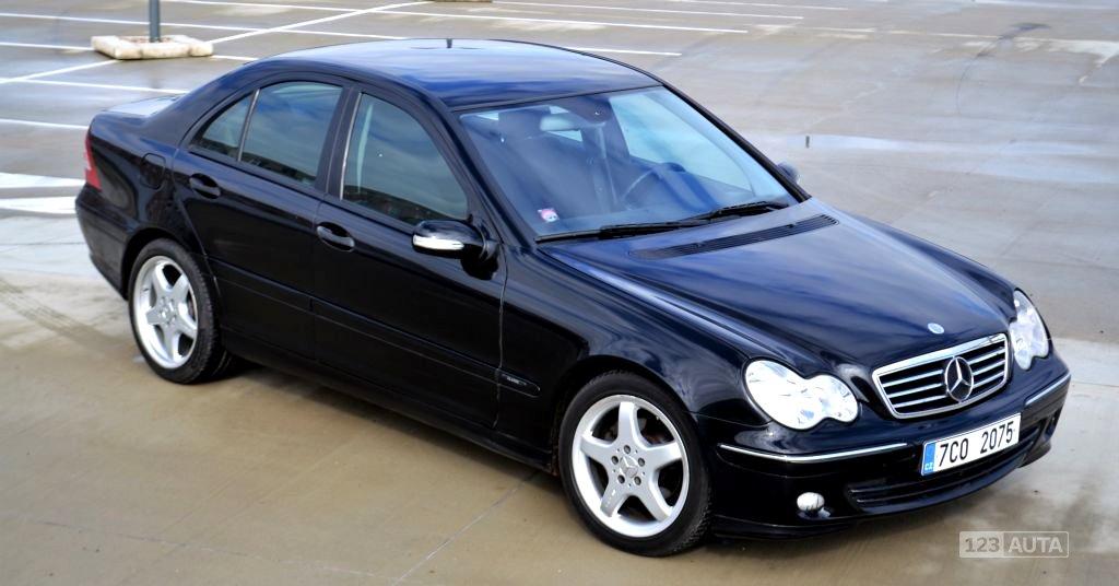 Mercedes-Benz Třídy C, 2004 - celkový pohled