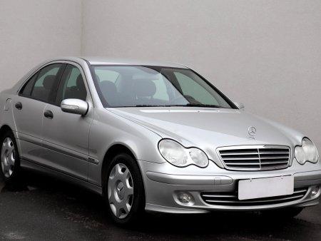 Mercedes-Benz Třídy C, 2005