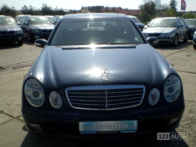Mercedes-Benz Třídy E, 2004 - celkový pohled