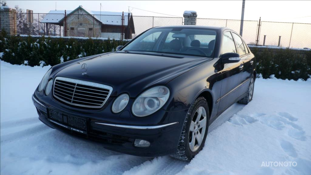 Mercedes-Benz Třídy E, 2003 - celkový pohled