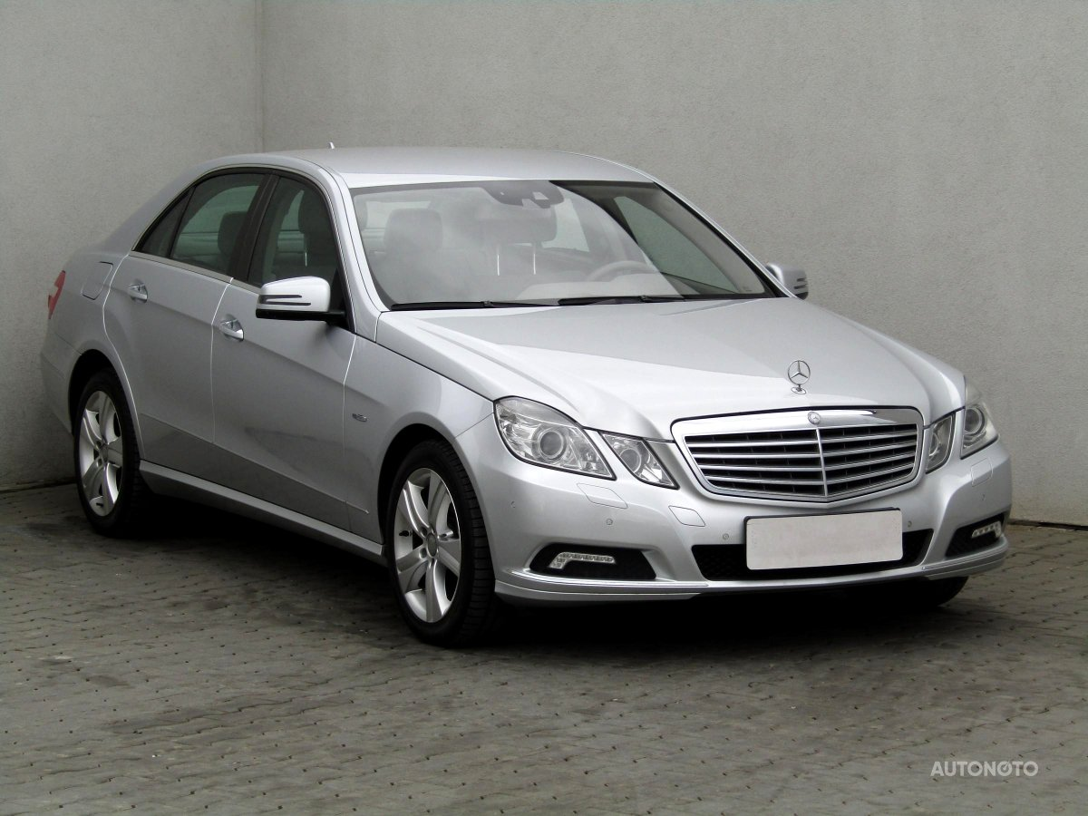 Mercedes-Benz Třídy E, 2009 - celkový pohled