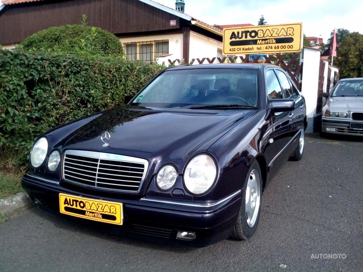 Mercedes-Benz Třídy E, 1999 - celkový pohled