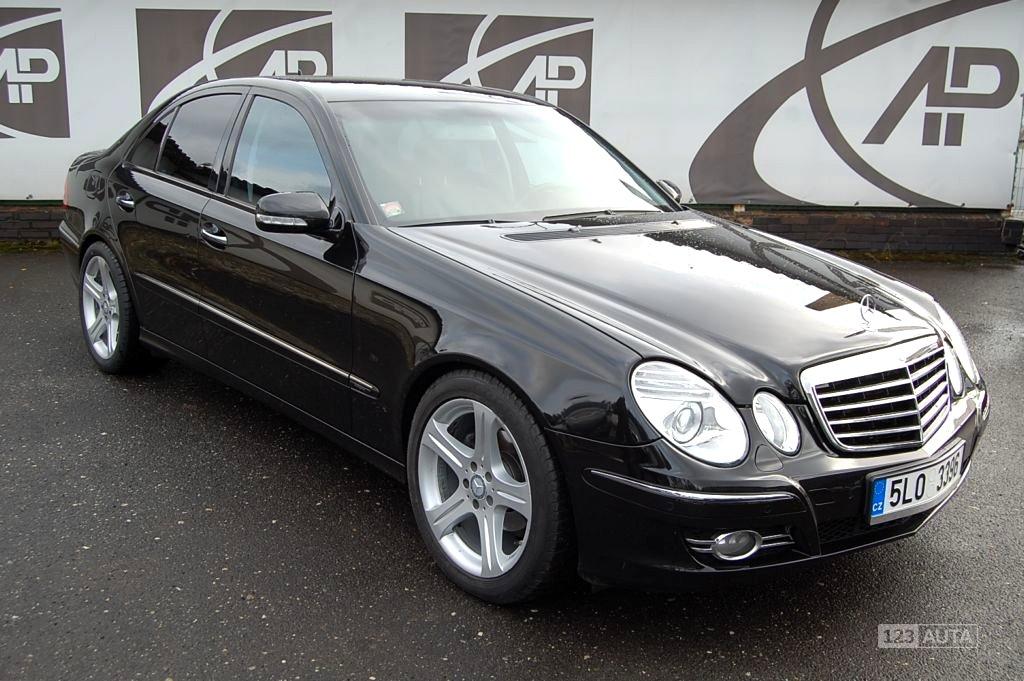 Mercedes-Benz Třídy E, 2008 - celkový pohled