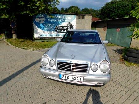 Mercedes-Benz Třídy E, 1996