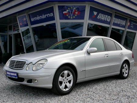 Mercedes-Benz Třídy E, 2004