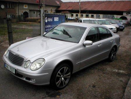 Mercedes-Benz Třídy E, 2002