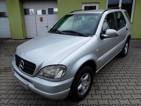Mercedes-Benz Třídy M, 1999
