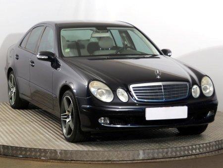 Mercedes E, 2004