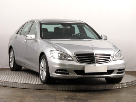 Mercedes S, 2011